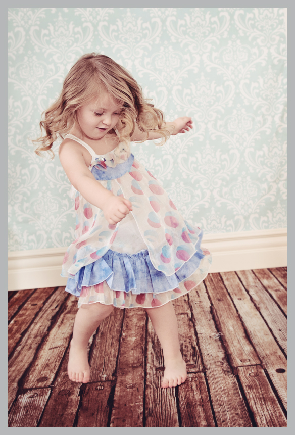 toddler-dancing-picture